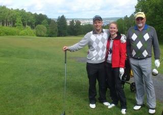 Thomas, Sofie och jag (Leif) på A6's golfbana, Jönköping