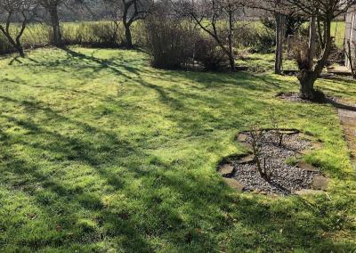 Trädgården såg ut såhär innan vi började bygga växthus